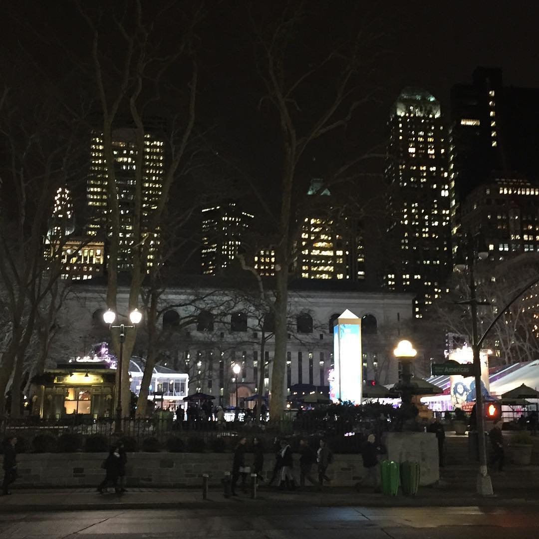 Bryant Park at night! discoverflatironRead More