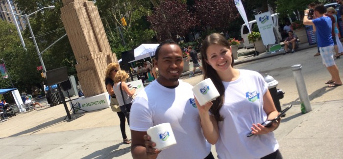Scott's Tube-Free Toilet Paper Give-Away Unrolls in Flatiron North Plaza